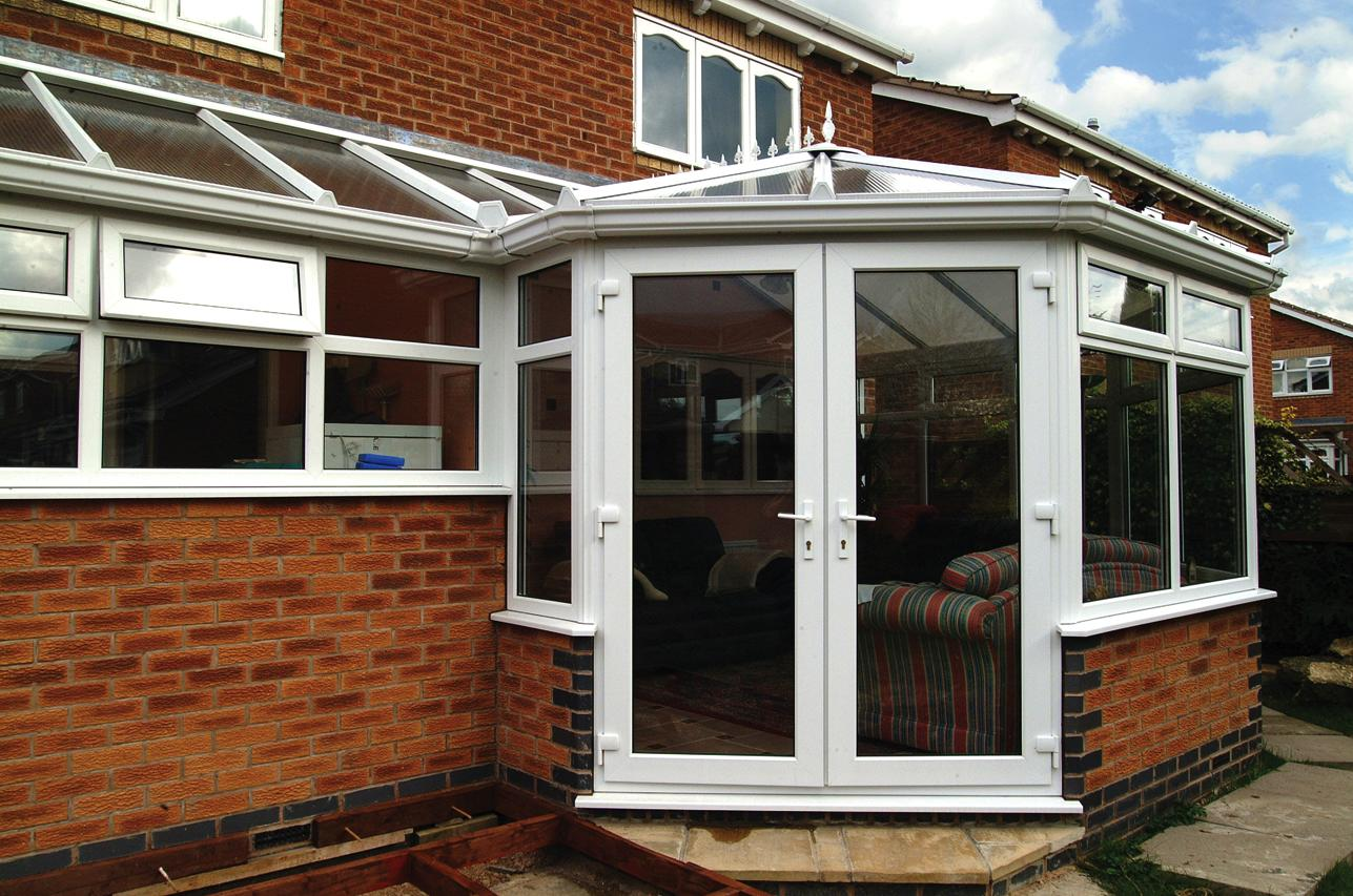 p-shape-conservatory-2-rugby-southam-warwickshire